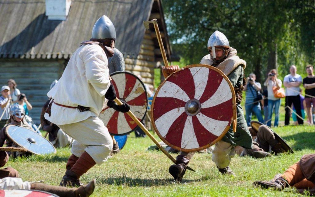 В Ленобласти появится единый календарь исторических фестивалей