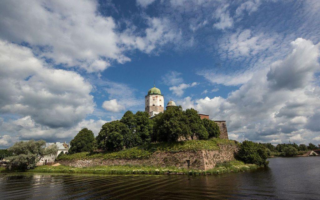 Шпиль с башни святого Олафа отправился на реставрацию