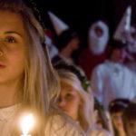 Красивый средневековый праздник Святой Люсии в Выборгском замке